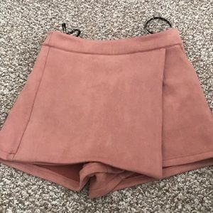 Matte pink suede skirt/skort